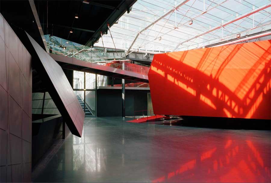MACRO Asilo: tres artistas en residencia para investigar el color gracias a The Fine Art Collective internacional
