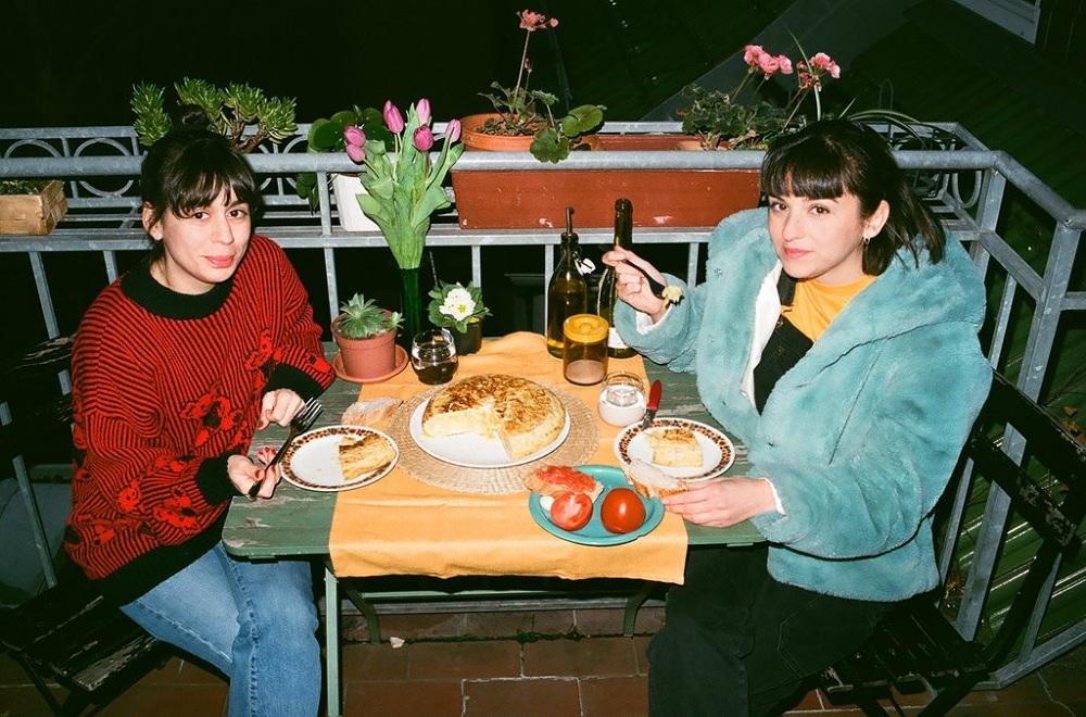 Entrevistamos al dúo creativo Cachetejack