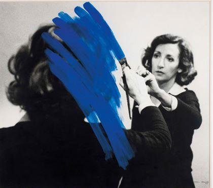 Helen Almeida, Inhabited Painting 1975 Acrílico sobre foto